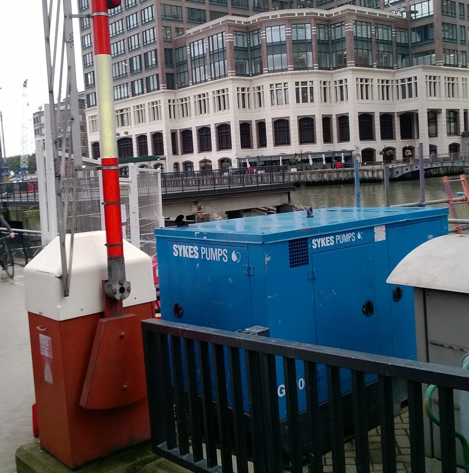 Canary Wharf dock regeneration overseen by Sykes Pumps