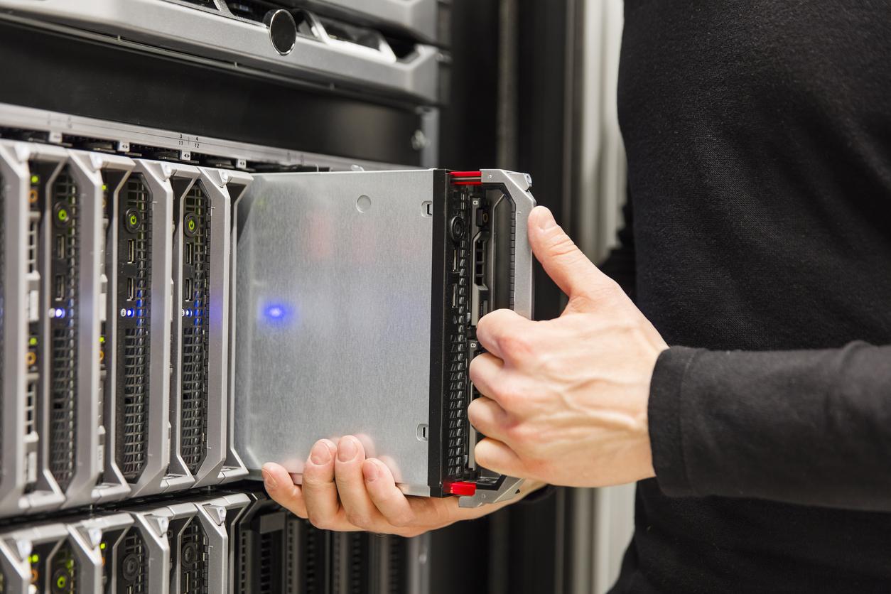 Andrews provide cooling arrangement for server room upgrade