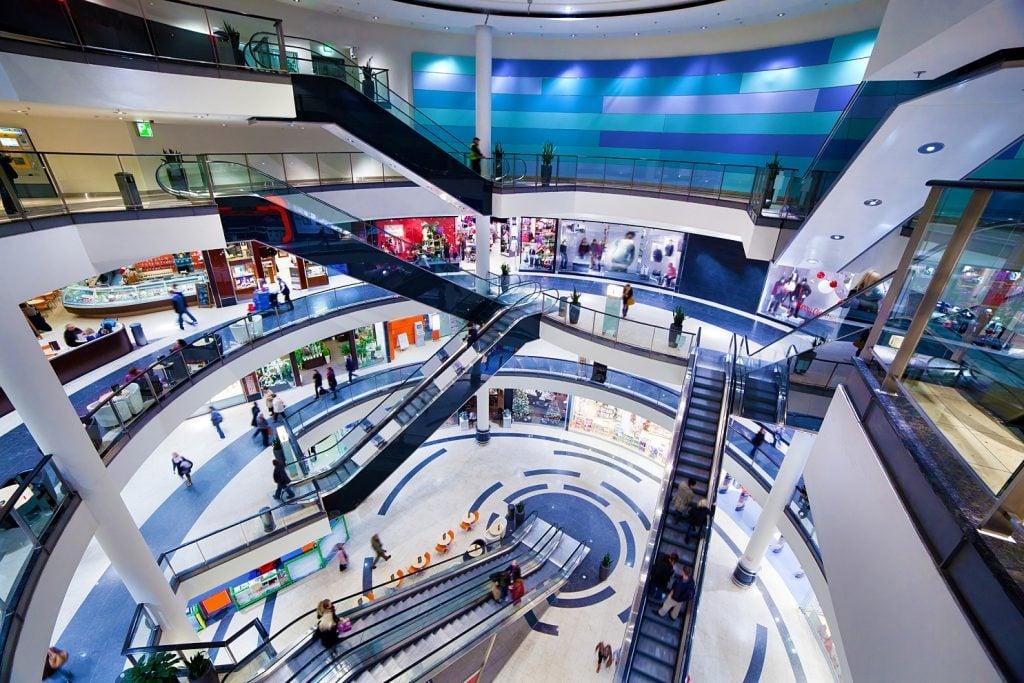 Emergency pump hire keeps popular shopping mall open